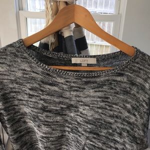 LOFT Sweaters - Ann Taylor Loft Sweater XS 💫 Black and White